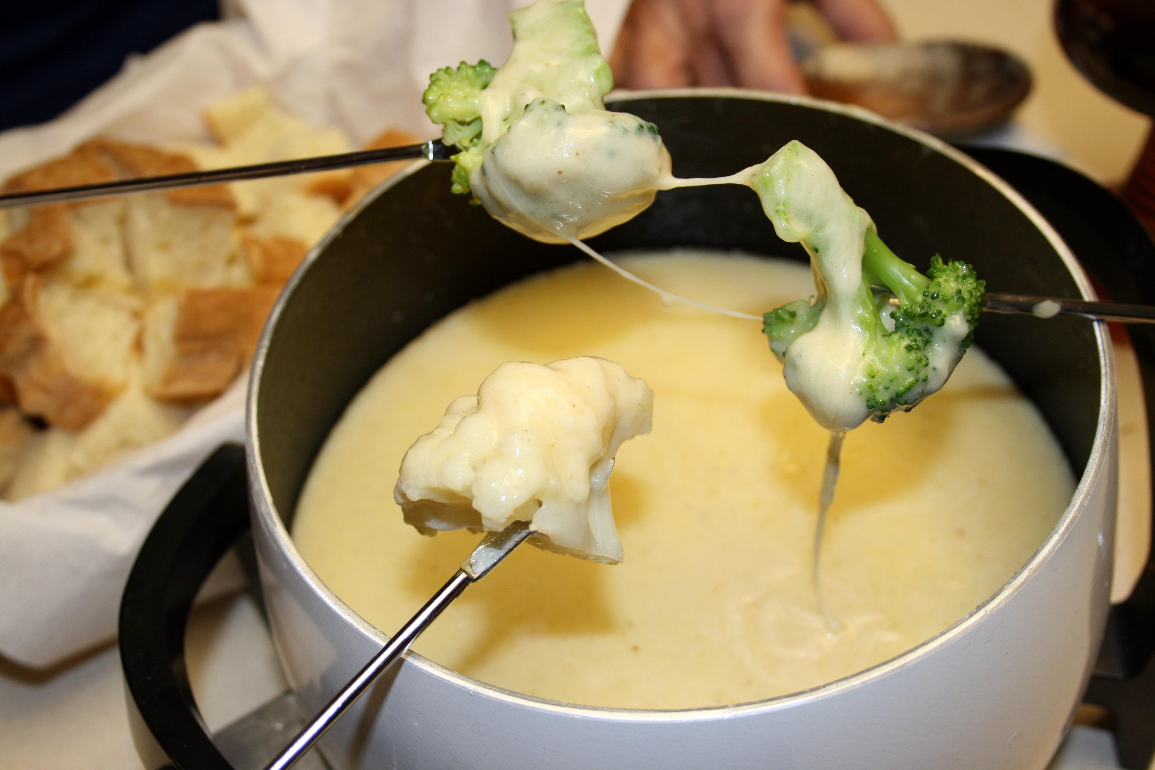 » fondue Any Kitchen Will Do